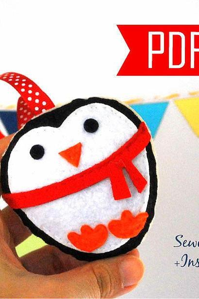 DIY Penguin Christmas Ornament PDF Cookie Sewing pattern , Kids craft Project, Toy Instant Download A881