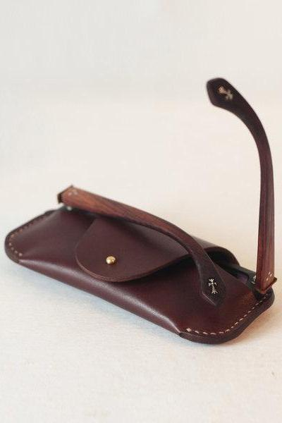 Handmade eyeglass case , Leather Sunglasses Case , Leather glasses case