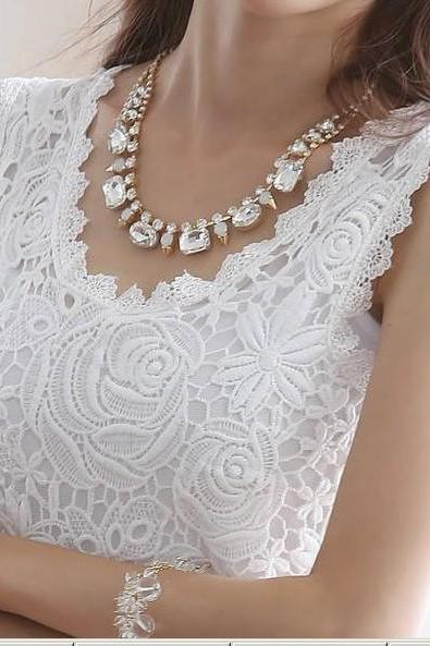 Sleeveless lace vest ADCAH