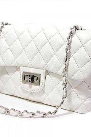 White Elegant Chain Design Shoulder Bag