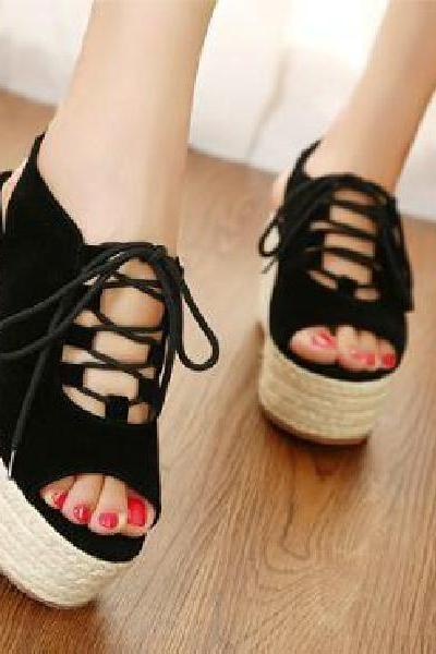 Suede lace- front slope with the fish head sandals strappy
