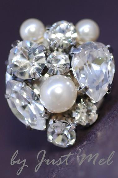 Vintage Earring with Swarovski Crystals and Pearl (E200)