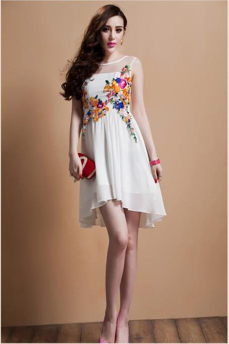 Luxury Embroidered Flower Lace Dress - White