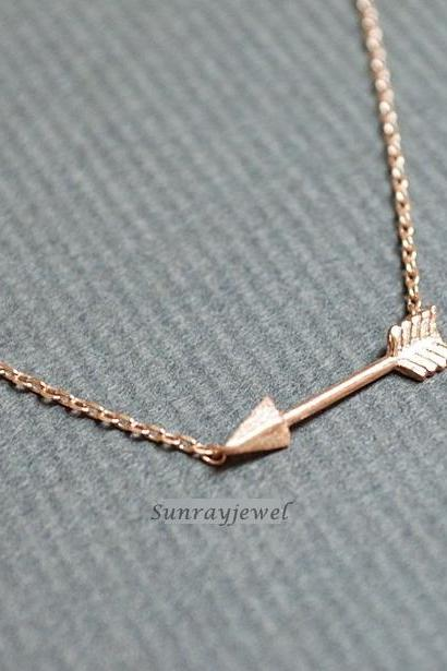 Small arrow pendant necklace, arrow neckace