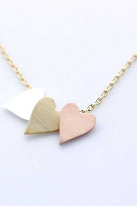 3 Hearts dangling Necklace in Gold Chain