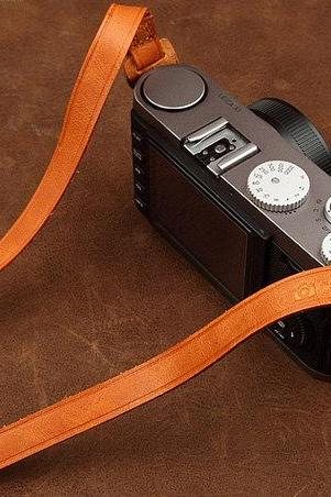 Yellow-brown Leather Camera strap DSLR Camera Strap SLR Leather Camera Strap--Round-hole type camera interface