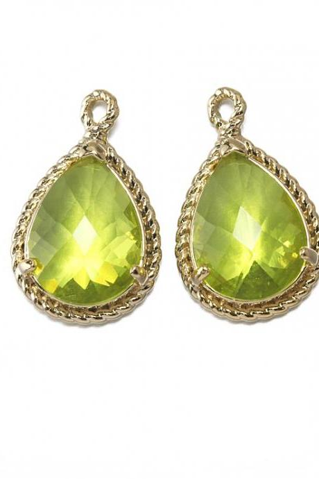 Apple Green Glass Pendant . 16K Polished Gold Plated / 2 Pcs - CG001-PG-AG