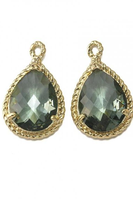 Back Diamond Glass Pendant . 16K Polished Gold Plated / 2 Pcs - CG001-PG-BD