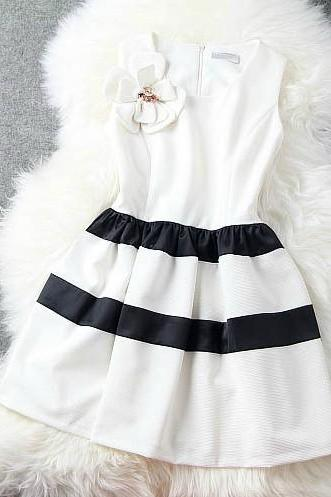 Spring and summer striped skirt princess dress H442225