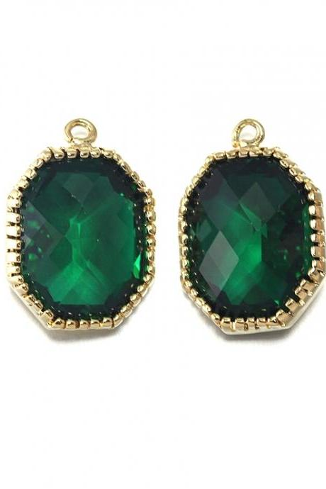 Emerald Glass Pendant . 16K Polished Gold Plated / 2 Pcs - CG006-PG-EM