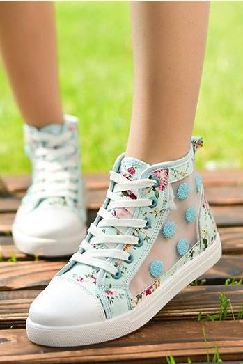 Floral hollow canvas shoes AZE