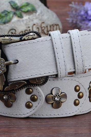 Gorgeous White Vintage Style Genuine Leather Belt With Beautiful Faux Diamonds
