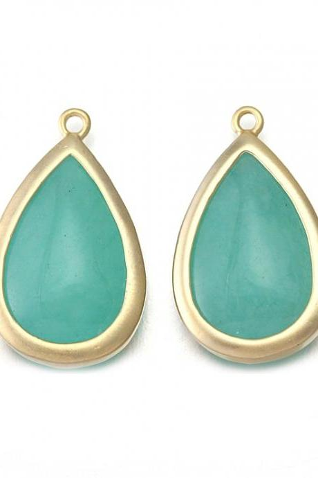 Amazonite Stone Pendant. 16K Matte Gold Plated / 2 Pcs - CG018-MG-AZ