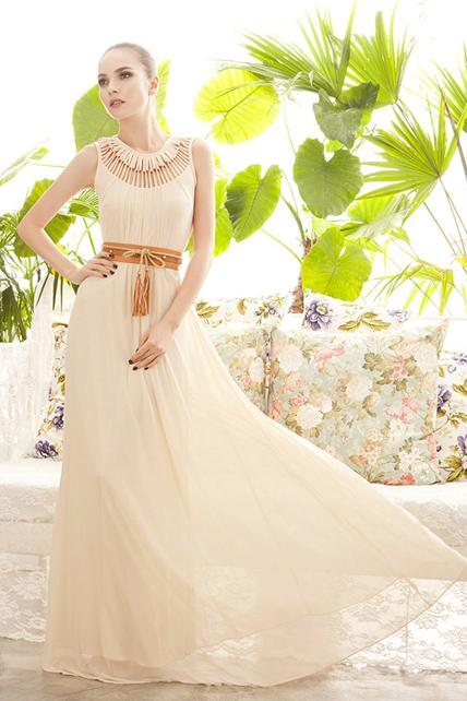 Goddess Style Long Pattern Solid Chiffon Prom Dress with Hollow Design - Apricot