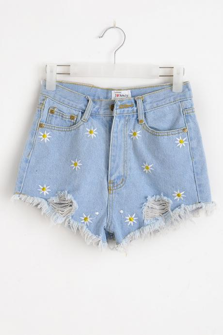 Daisy hole fringed slim denim shorts MDh