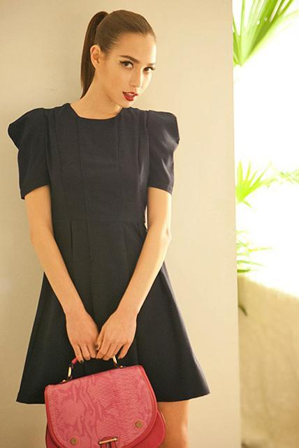 Simple Round Neck Puff Sleeve Mini Dress - Black