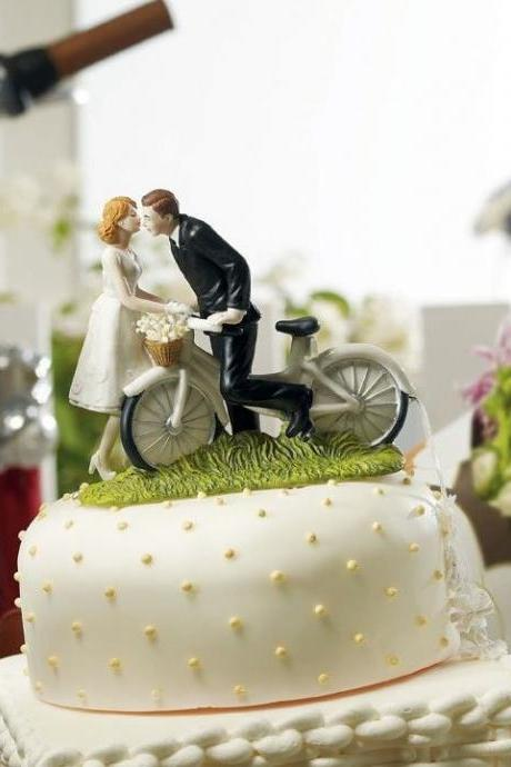Newest 'A Kiss Above Bicycle' Couple Romantic wedding cake toppers decoration