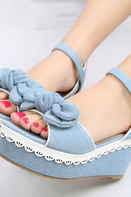 Slope with thick crust muffin denim sandals fish head hollow shoes sandals