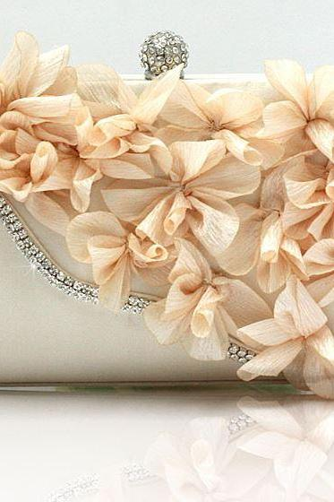 Ivory Bridal Pearl Clutch-Luxurious Shoulder Bag Floral Bag Clutch- Evening Purse for Women