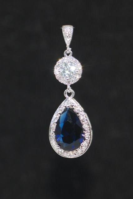 Cubic Zirconia Detailed Clear Round Pendant with Sapphire Blue Teardrop (P074)