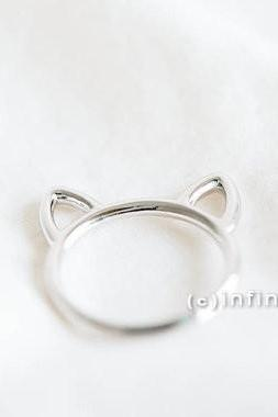 Silver cat ring,kitty ring,Raccoon ring,animal ring, whimsical ring,animal jewelry,gift for your Valentine,teen ring,unisex ring,cute ring,R249N