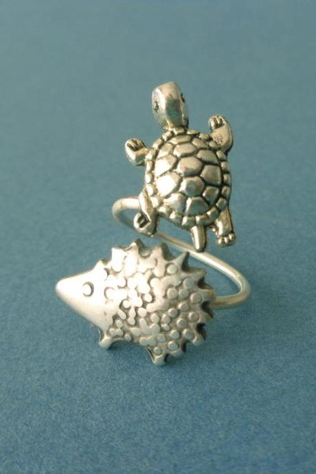 Turtle and hedgehog ring, adjustable ring