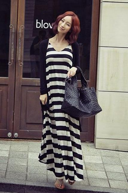 Fashion And Casual V Neck Sleeveless Striped Cotton Beach Maxi Dress