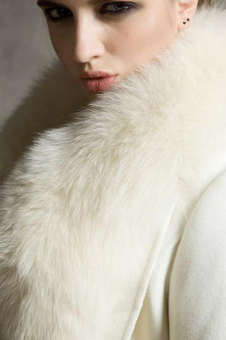 White Winter Coats Wild White Wolf Fox Fur Cashmere Coat Lapel Coat for Women