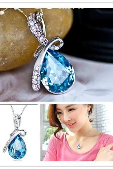 Hot New Girl's Women's Rhinestone Chain Crystal Necklace Pendant