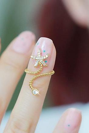 Trendy Diamante Starfish Embellished Spiral Alloy Ring For Women