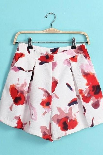 Floral print hot shorts pockets
