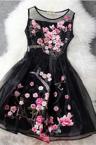 Handmade Embroidered Lace Dress In Black(SL112)