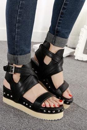 Street Style Black Studded Fashion Sandals