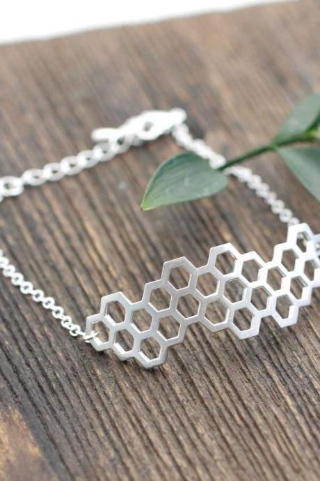 Beautiful Honeycomb Honey Bee Hexagon Geometric Bracelet in Silver