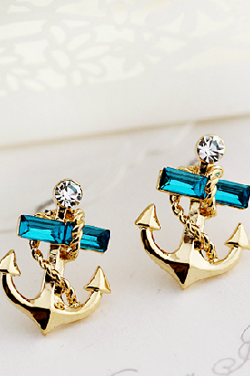 The navy wind gem diamond stud earrings