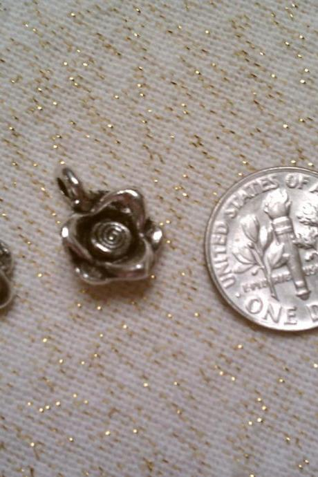 Posy Flower Charms Lot of Five Set 3