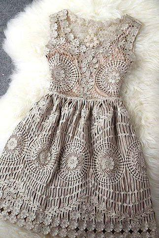 Beautifully Unique Vintage Lace Design Party Dress in 2 Colors