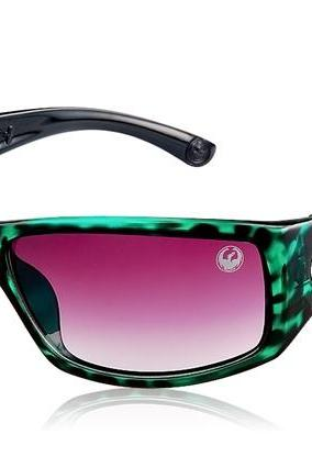 OREKA 2087 Unisex Sport Sunglasses with Plastic Frame & Lens (Green & Black)