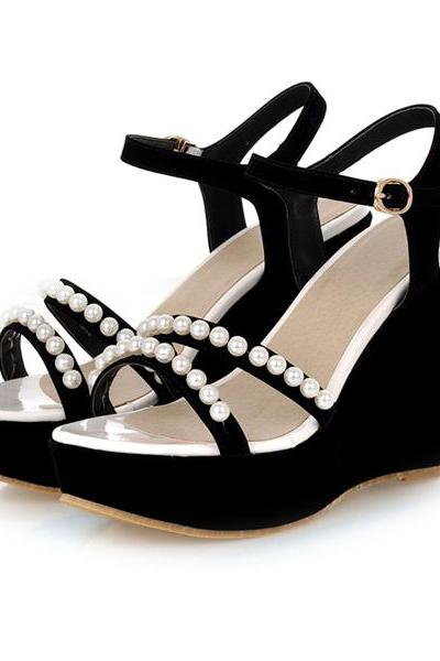 Pearl Rivets Summer Wedges in Black and Green