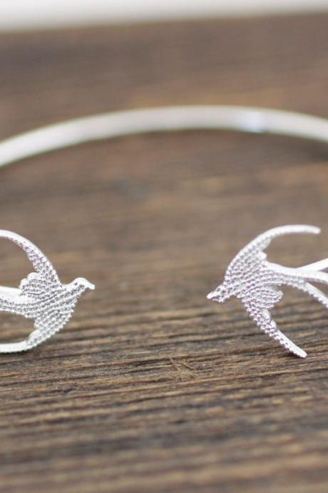 Swallow Bird Bangle Blacelet in Silver