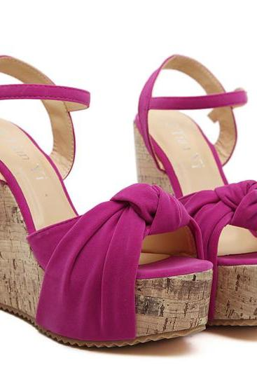 Chic Twisted Bow Design Fashion Wedge Sandals in Black and Rose