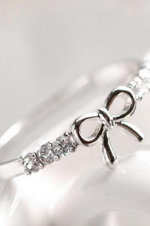 So Adorable Bow knot Design Ring in Silver and Gold
