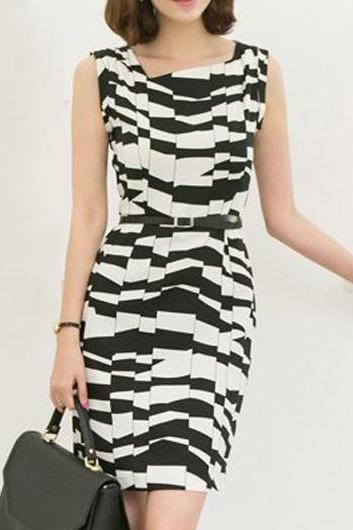 Elegant Sleeveless Straight Dress for Lady - Black &White