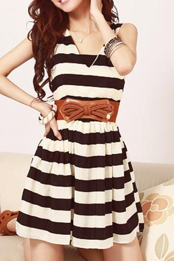 Cute V Neck Sleeveless Striped Skater Dress