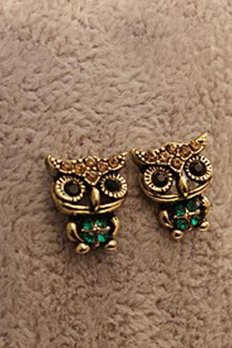 Free shipping New Jewelry Lady Fashion Style Owl Rhinestone Cute Vintage Ear Stud Earrings