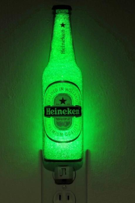 Heineken Beer 12oz LED Night Light Bottle Lamp Glow Bar Man Cave Light Sign