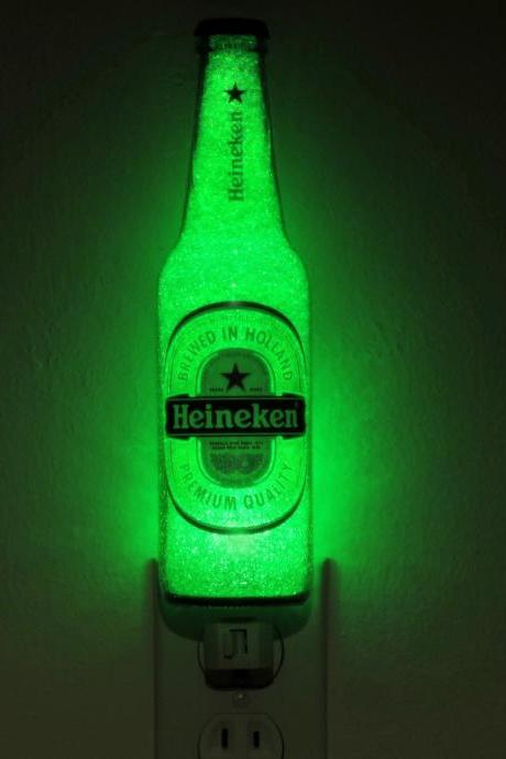 Heineken Beer LED Night Light 12oz Bottle Lamp Glow Bar Man Cave Light Sign