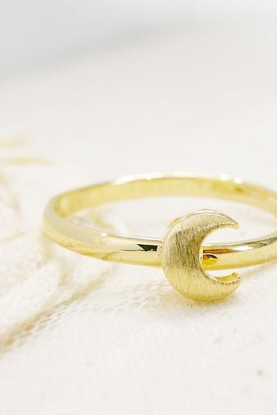 Crescent Moon Ring in Gold, Moon Ring, Adjustable Ring, Free Size Ring