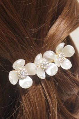 Cheap Fashion Flowers Shaped Metal Hairpin