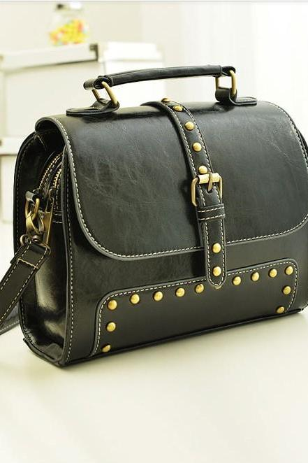 Rivets Black Vintage Design Hand Bag